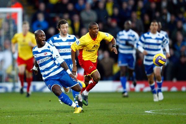 Leroy Lita plays a through ball and is fouled