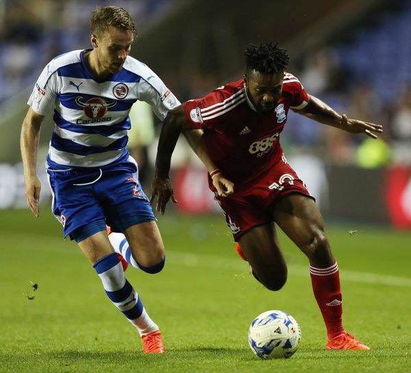 Reading's Chris Gunter and Birmingham City's Jacques Maghoma