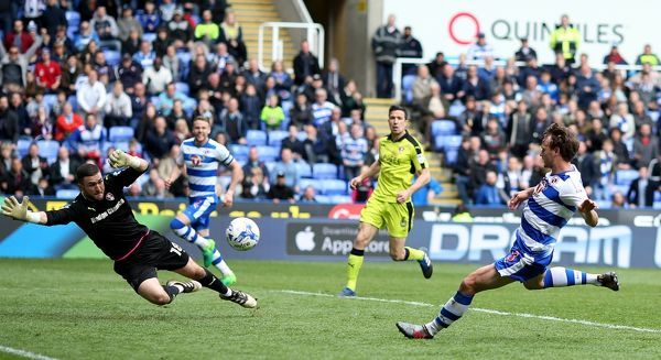 Reading's John Swift scores his sides second goal