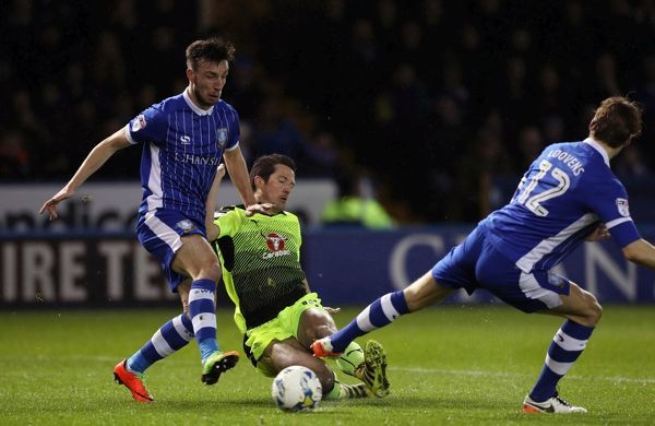 Reading's Yann Kermorgant scores his side's first goal of the game during the Sky Bet Championship match at Hillsborough, Sheffield
